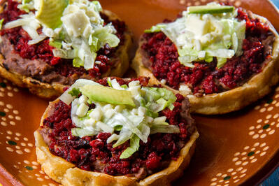Corn boats (sopes)