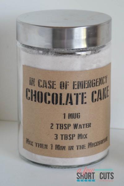 Emergency-Chocolate-Mug-Cake-5-400x600.jpg