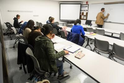 3 jjc classes to take if you're undecided joliet junior college students success classroom