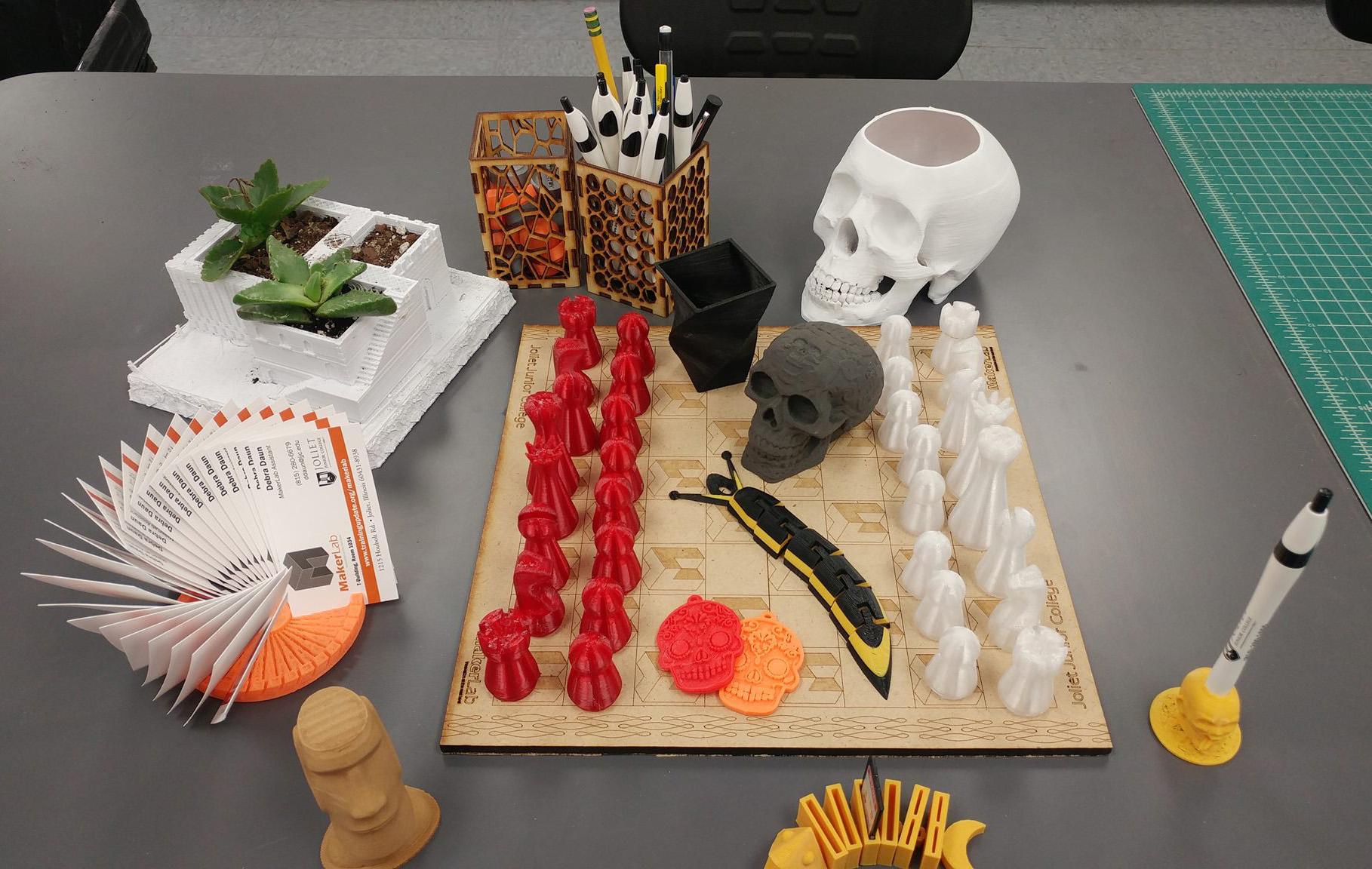 3 projects to create in the makerlab jjc joliet junior college household items