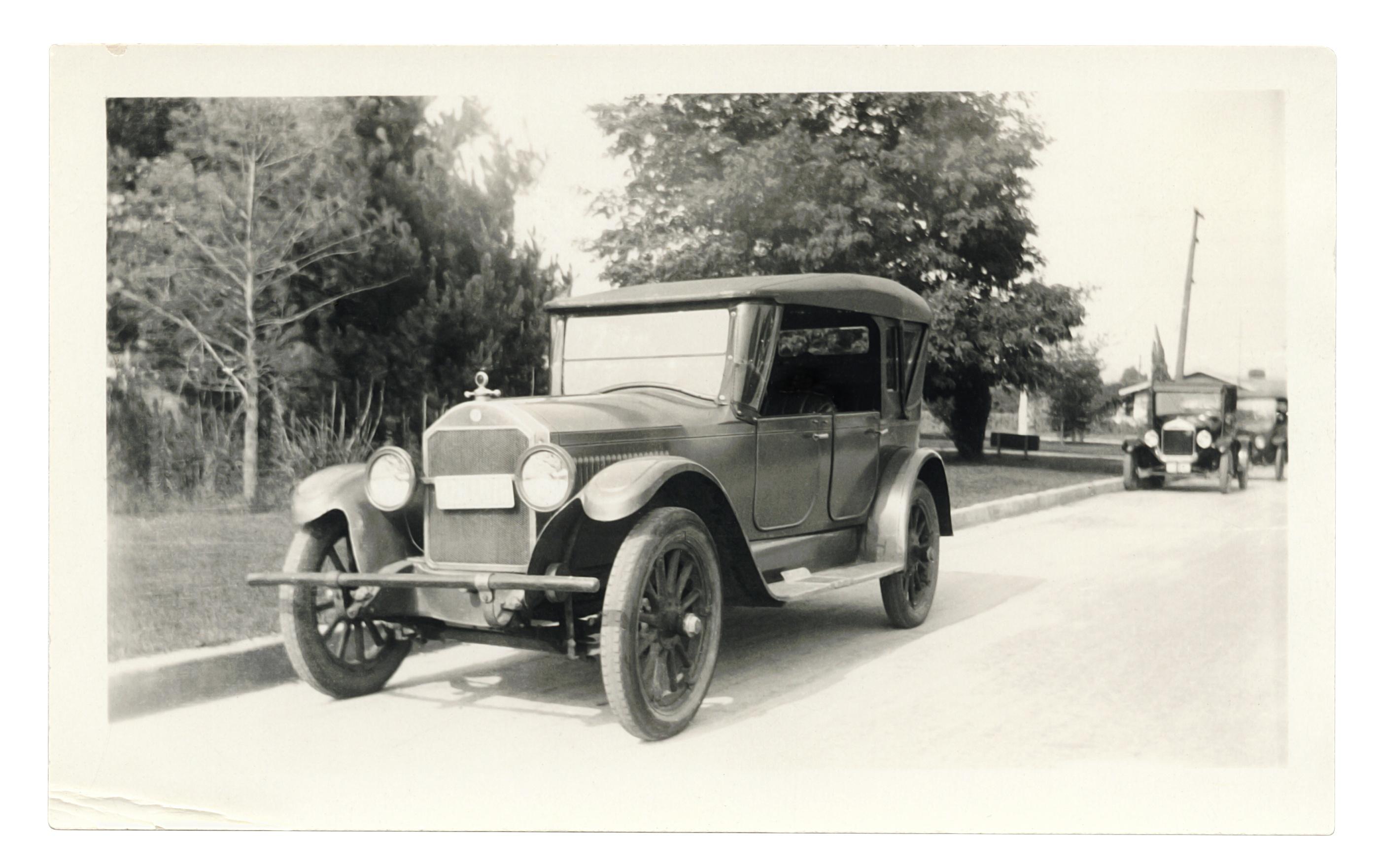 bw old car