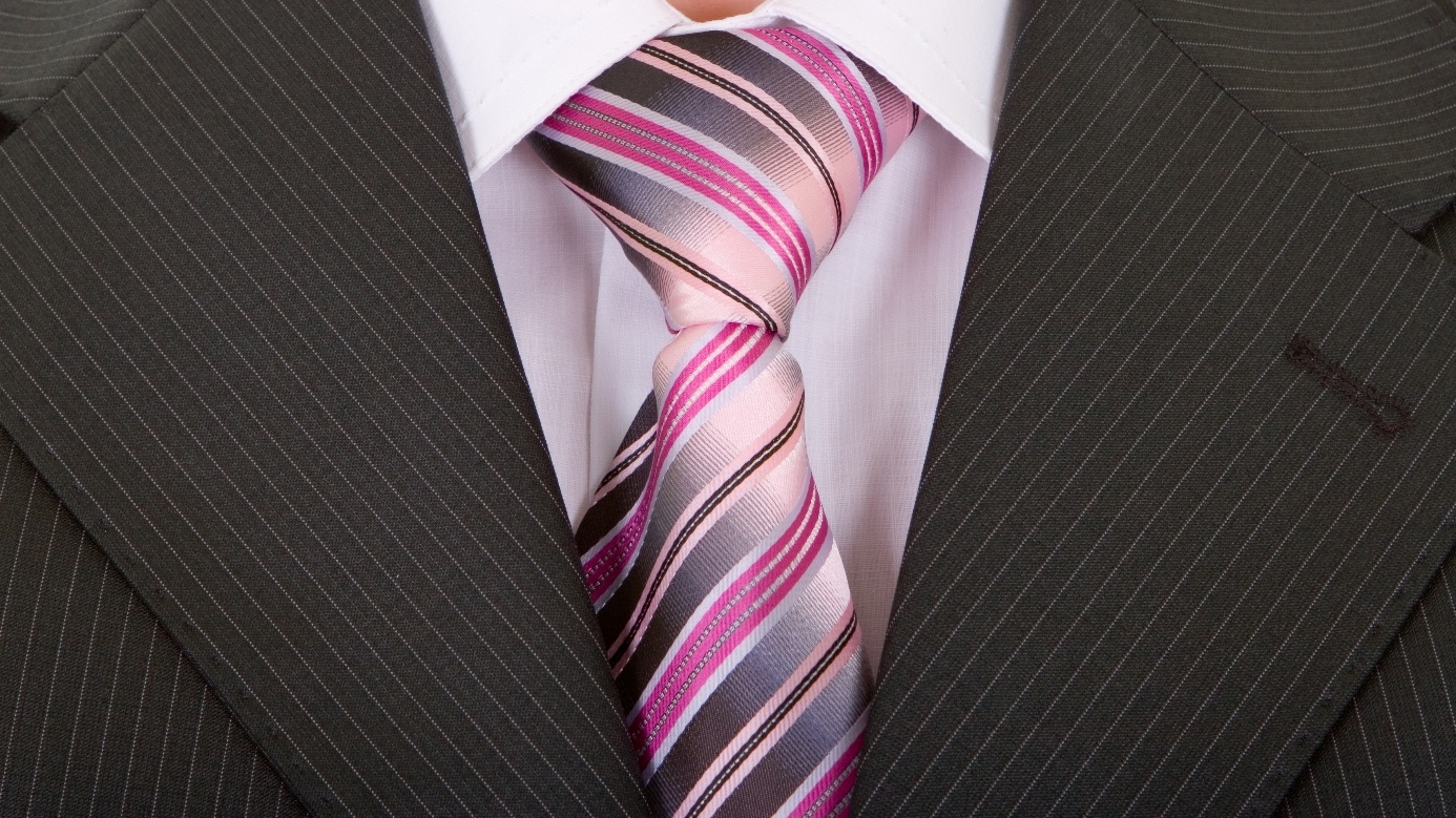 best gift ideas for students jjc joliet junior college gray suit tie nice clothes for job interviews
