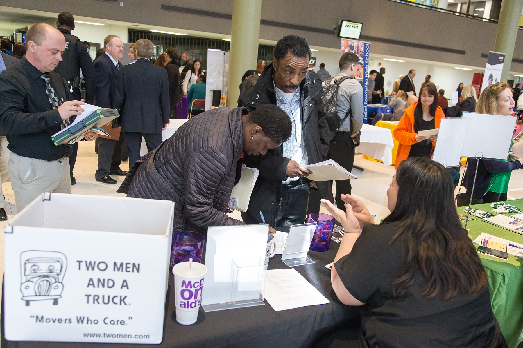 what to expect your first semester at jjc joliet junior college lots of job fairs career services