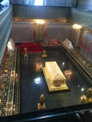 jjc students study abroad in morocco mausoleum of mohammed v tomb rabat joliet junior college