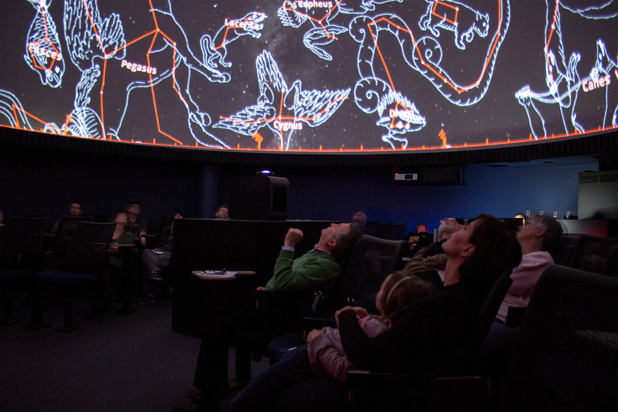 planetarium_show_students1.jpg
