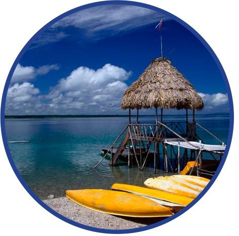 Lake Peten Itza cred. shop-souvenir.com